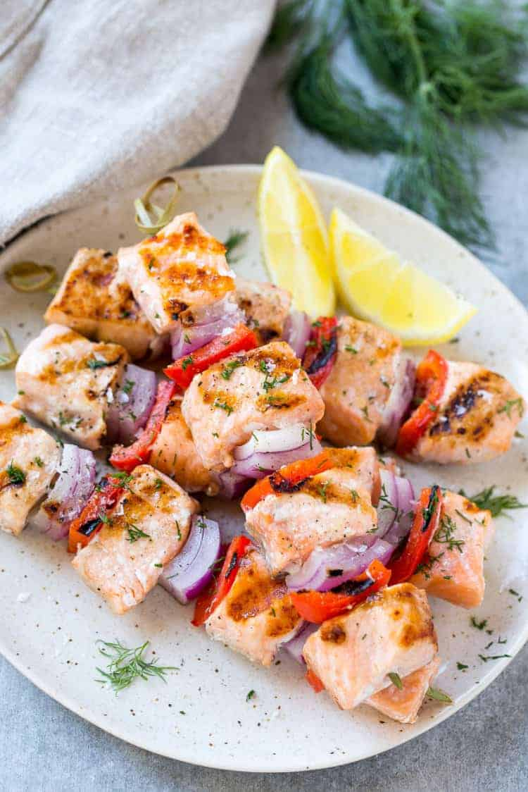 easy grilled salmon with lemon