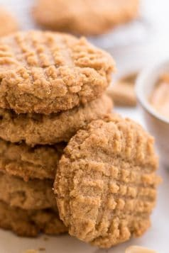 Easy Peanut Butter Keto Cookies
