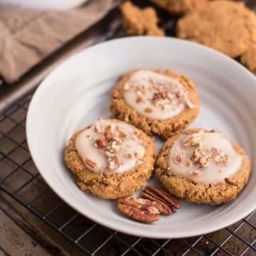 healthy Maple Glazed Pumpkin Cookies