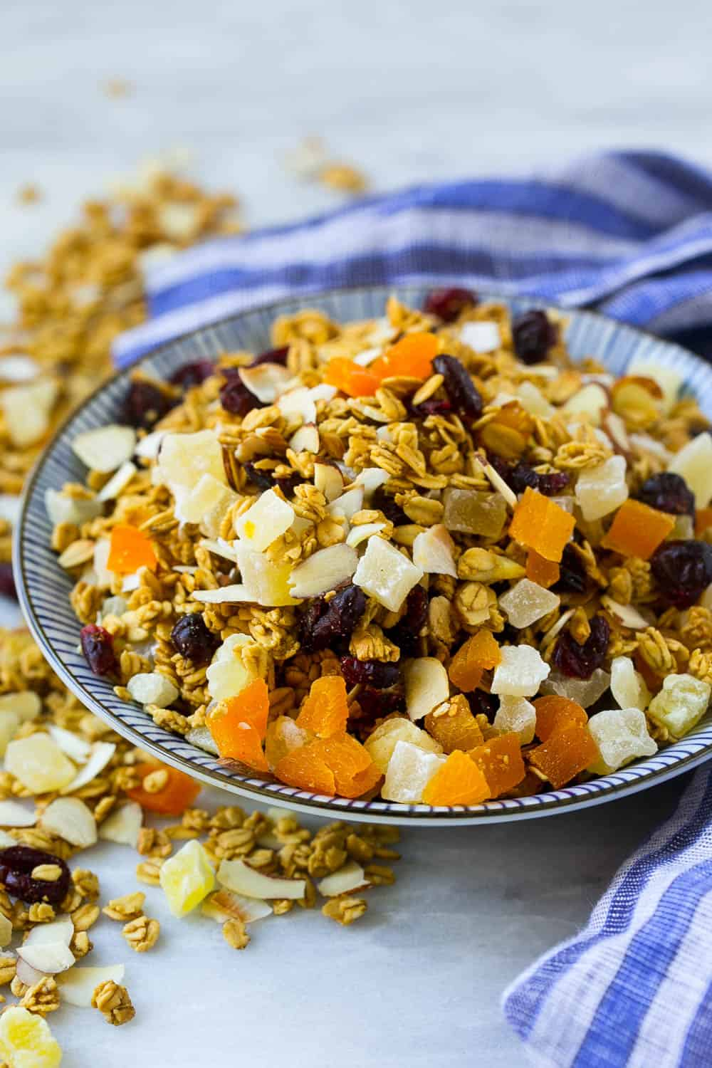 Easy Homemade Protein Granola Recipe | Healthy Fitness Meals