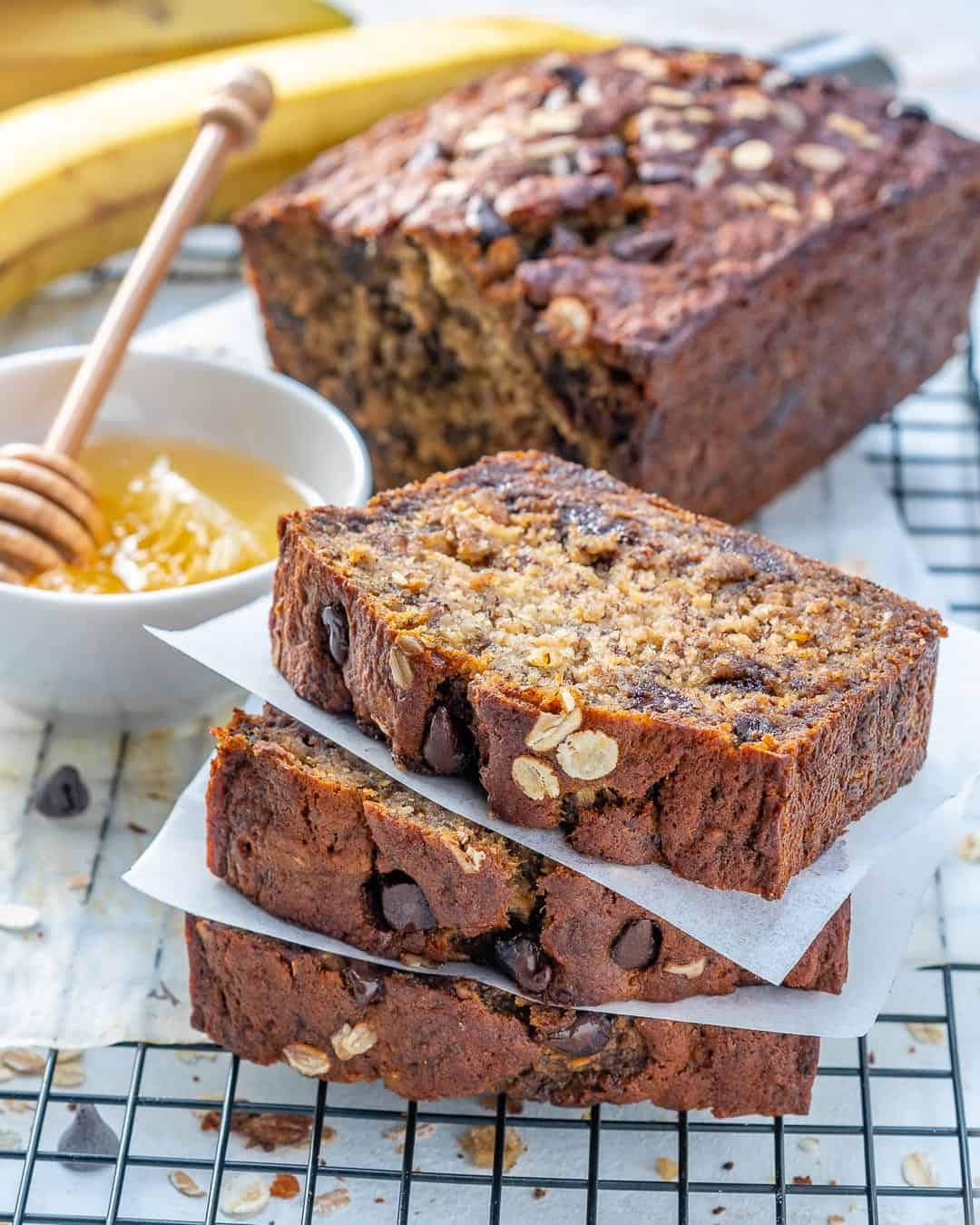 Healthy Oatmeal Chocolate Chip Banana Bread | Banana Bread | Healthy Banana Bread | #bananabread #healthybananabread