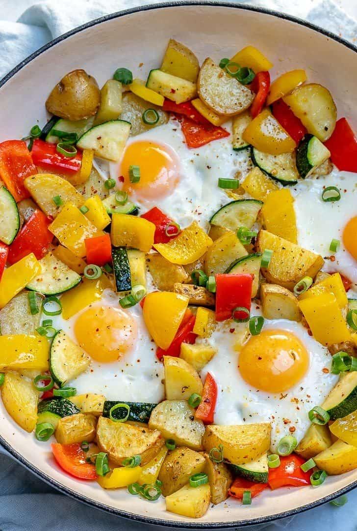 One-pan egg and veggie breakfast