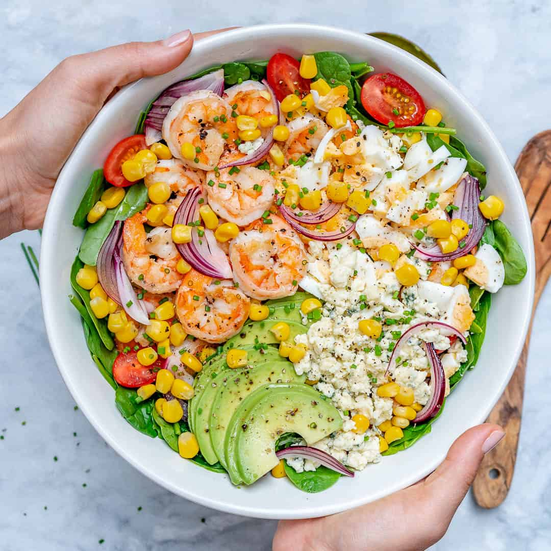 Spicy shrimp tomato avocado salad