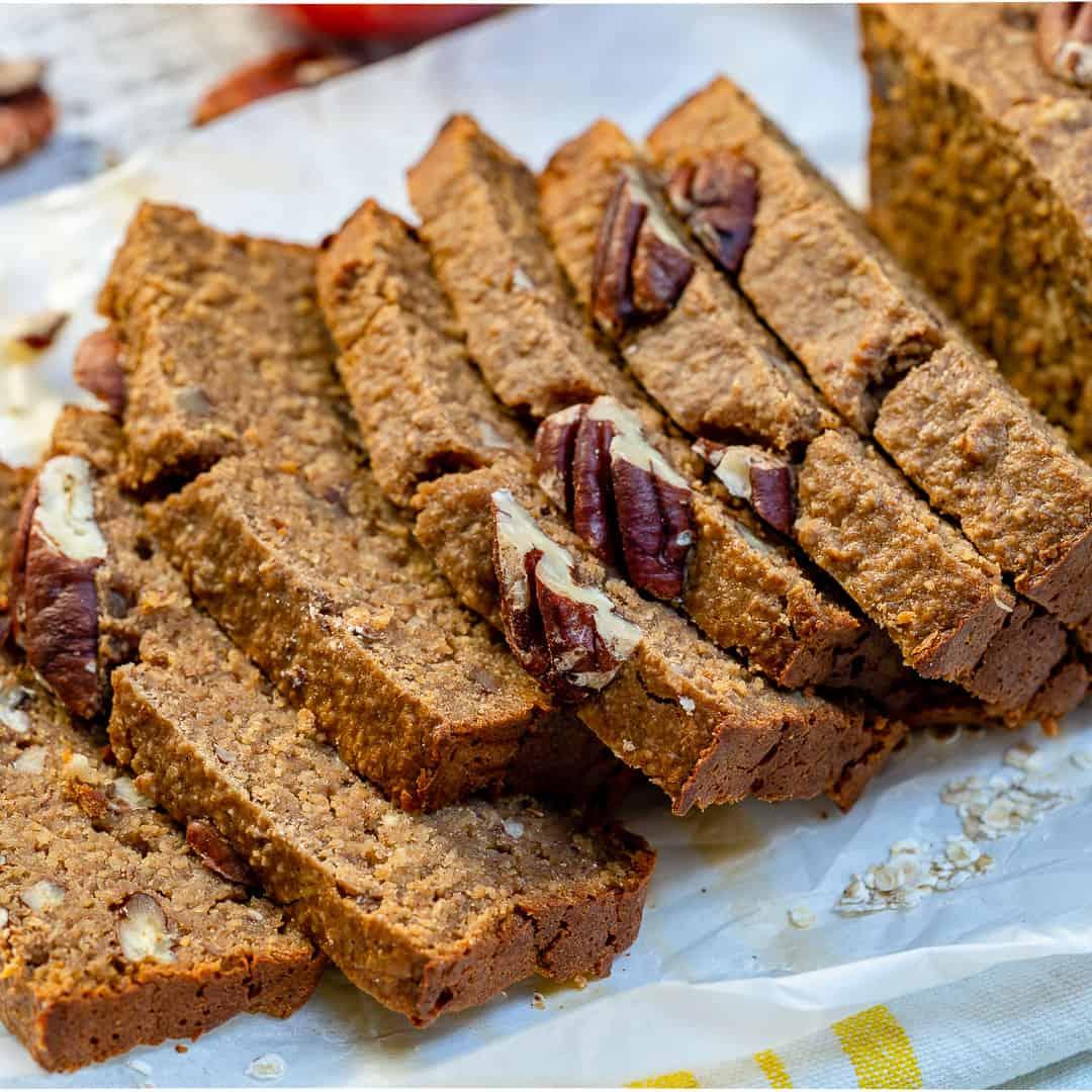 Apple pecan cinnamon bread
