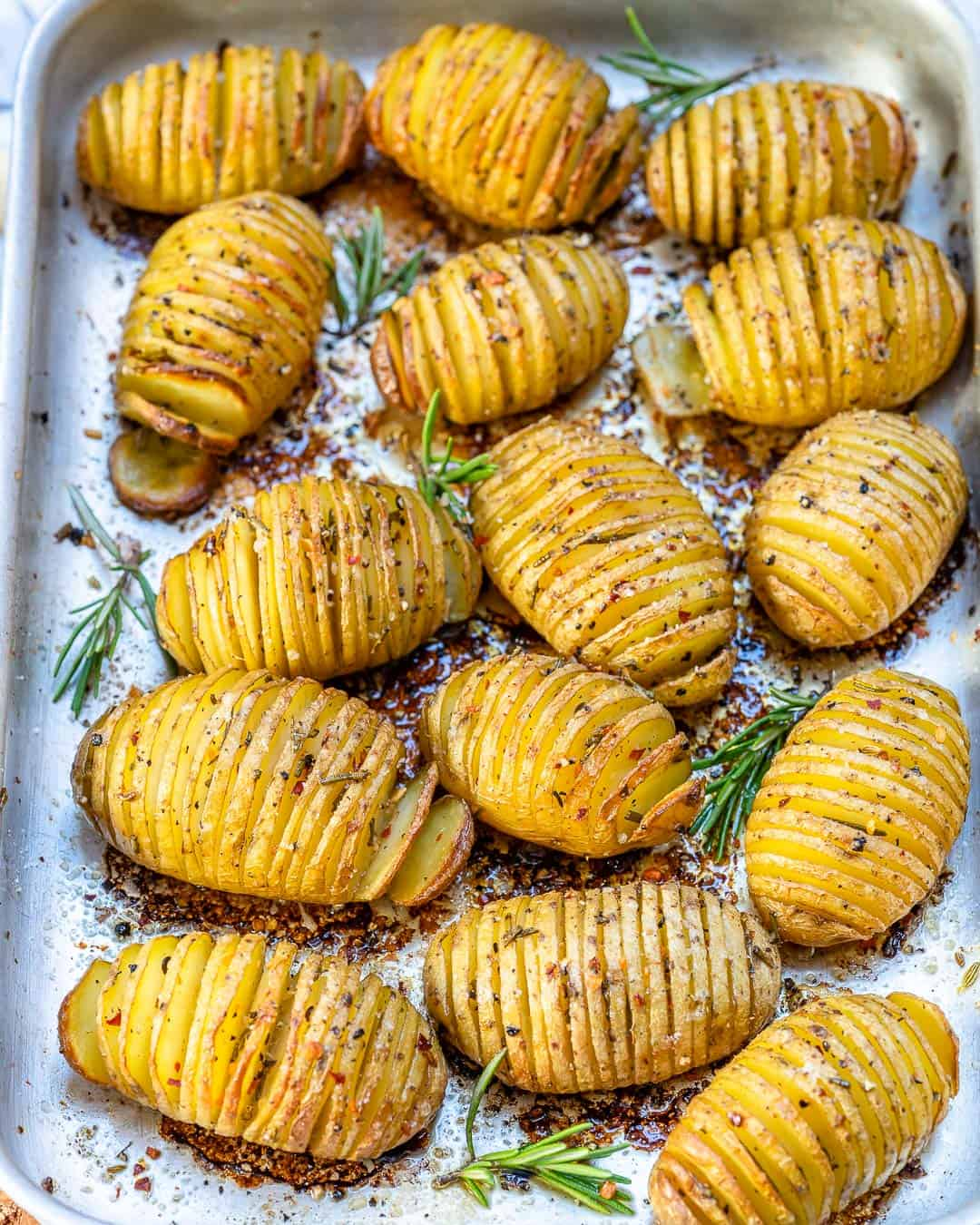Garlic butter hasselback potatoes