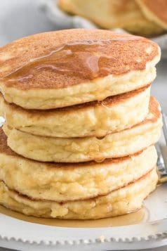 Easy Fluffy Keto Pancakes
