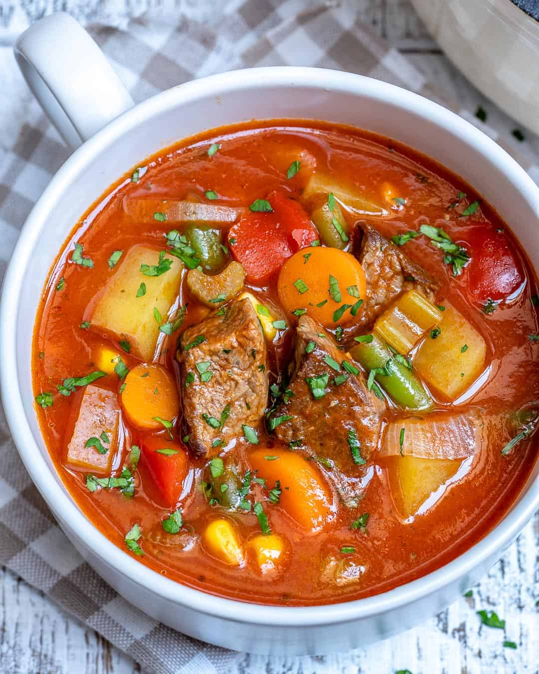 easy beef soup recipe using veggies and tomato sauce