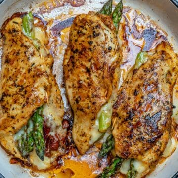 stuffed chicken breast with asparagus and sun-dried tomatoes