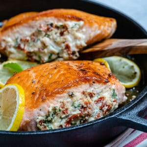 salmon stuffed with sun dried tomatoes