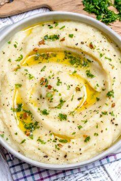 Garlic butter mashed cauliflower