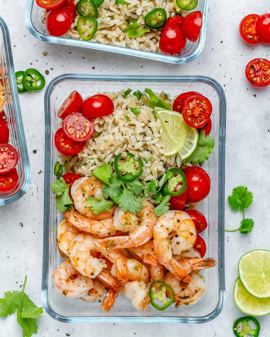 healthy garlic shrimp recipe with brown rice and tomatoes