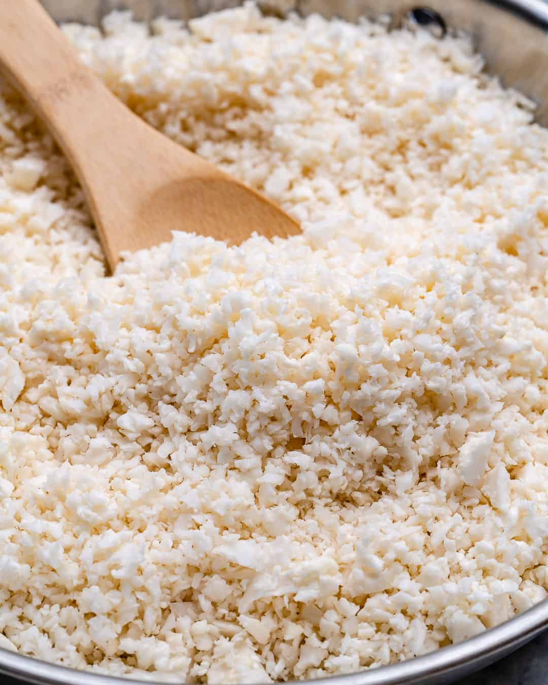 cooking cauliflower rice using a skillet