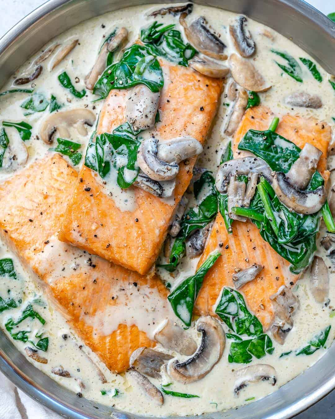 easy salmon florentine with mushrooms and spinach