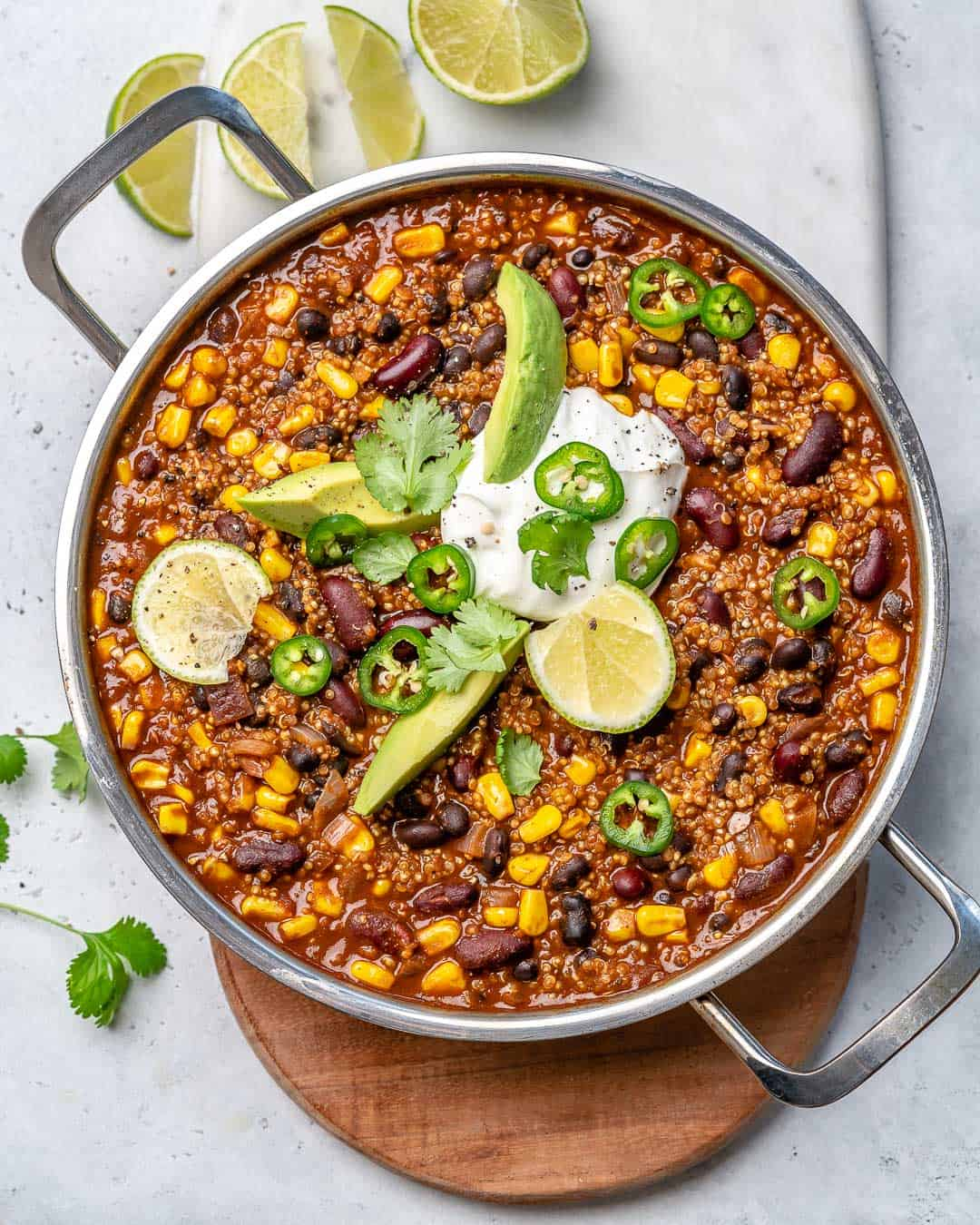 easy chili recipe with beans and quinoa