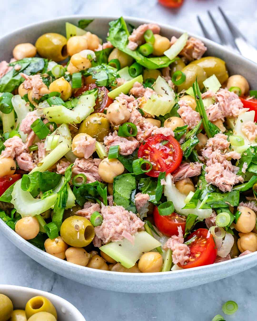 easy tuna salad recipe with spinach