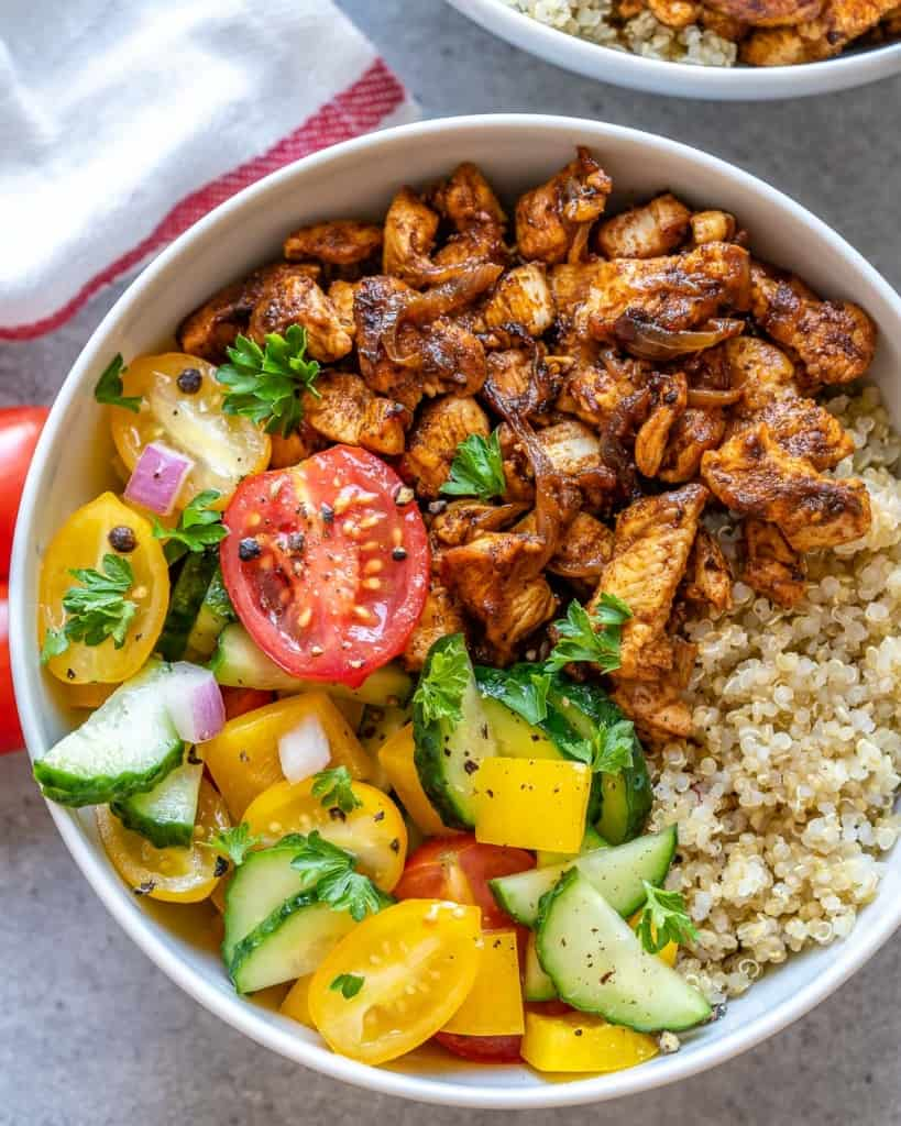 chicken and quinoa bowl with salad