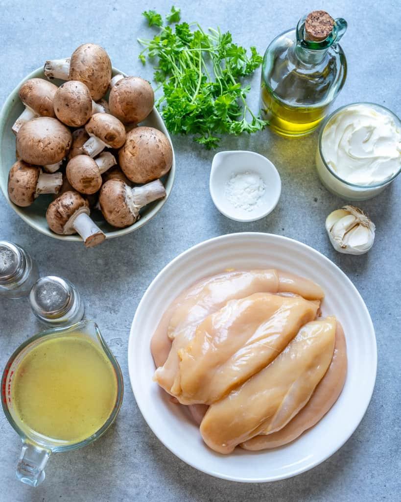 ingredients to make the chicken mushroom skillet