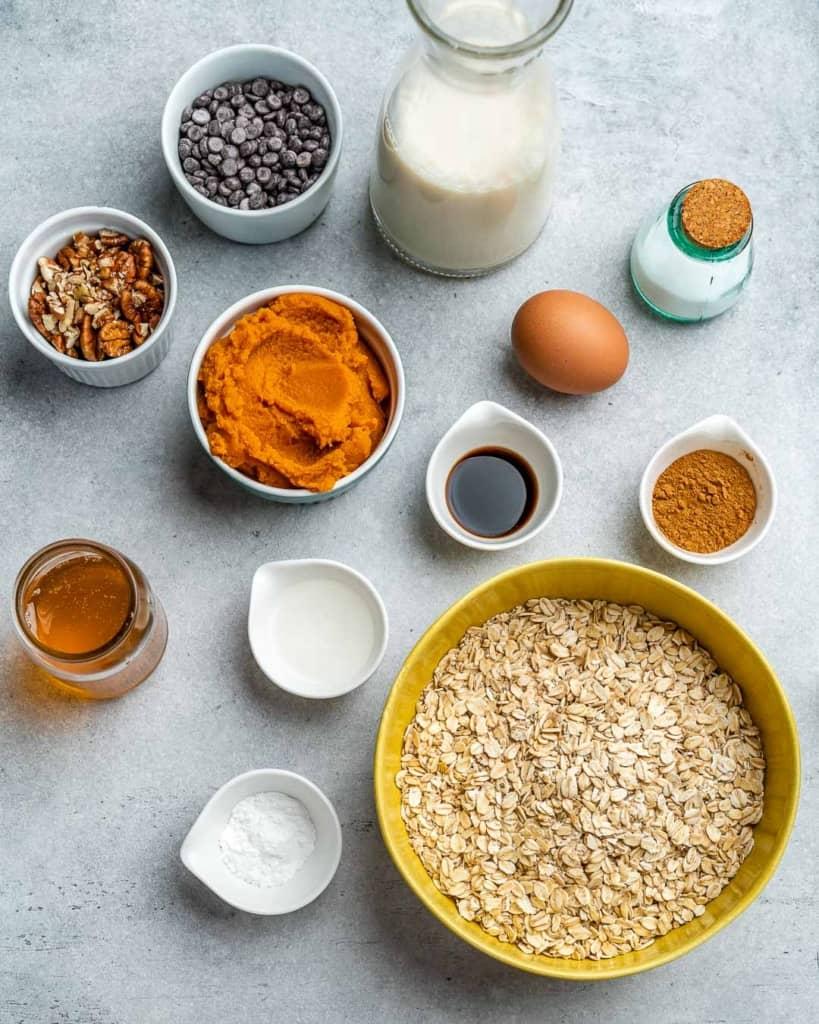 ingredients for pumpkin pie oatmeal bake