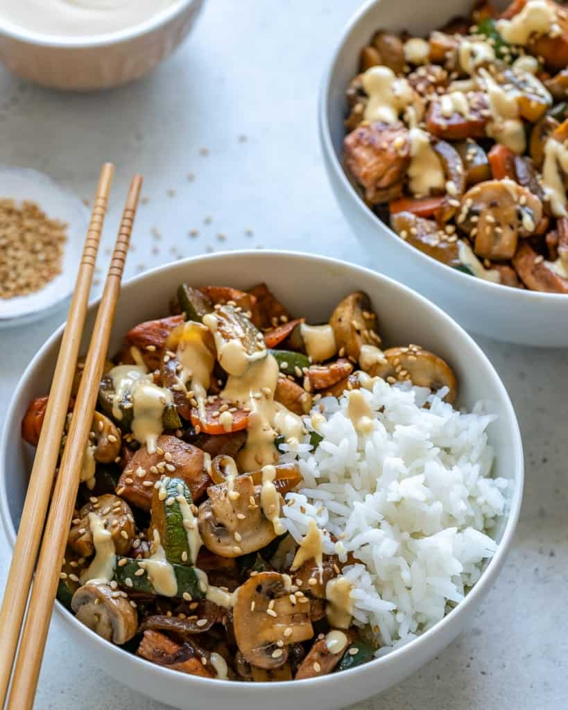 side view of chicken bowl and rice