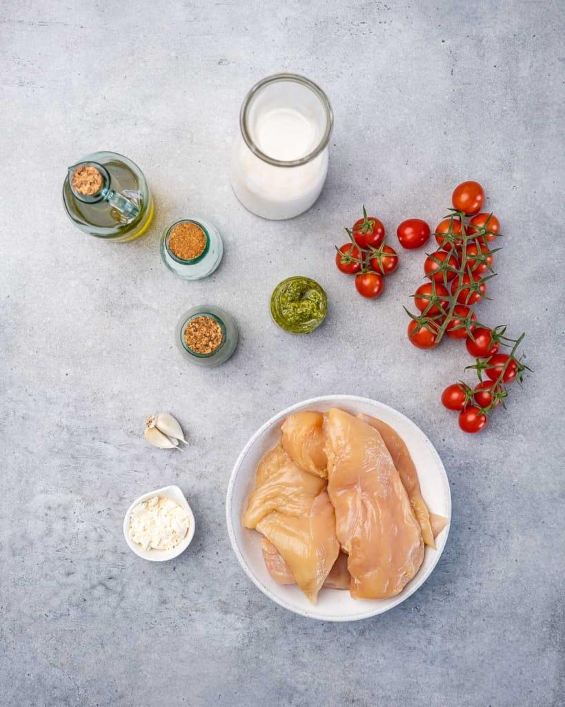 ingredients to make the pesto chicken