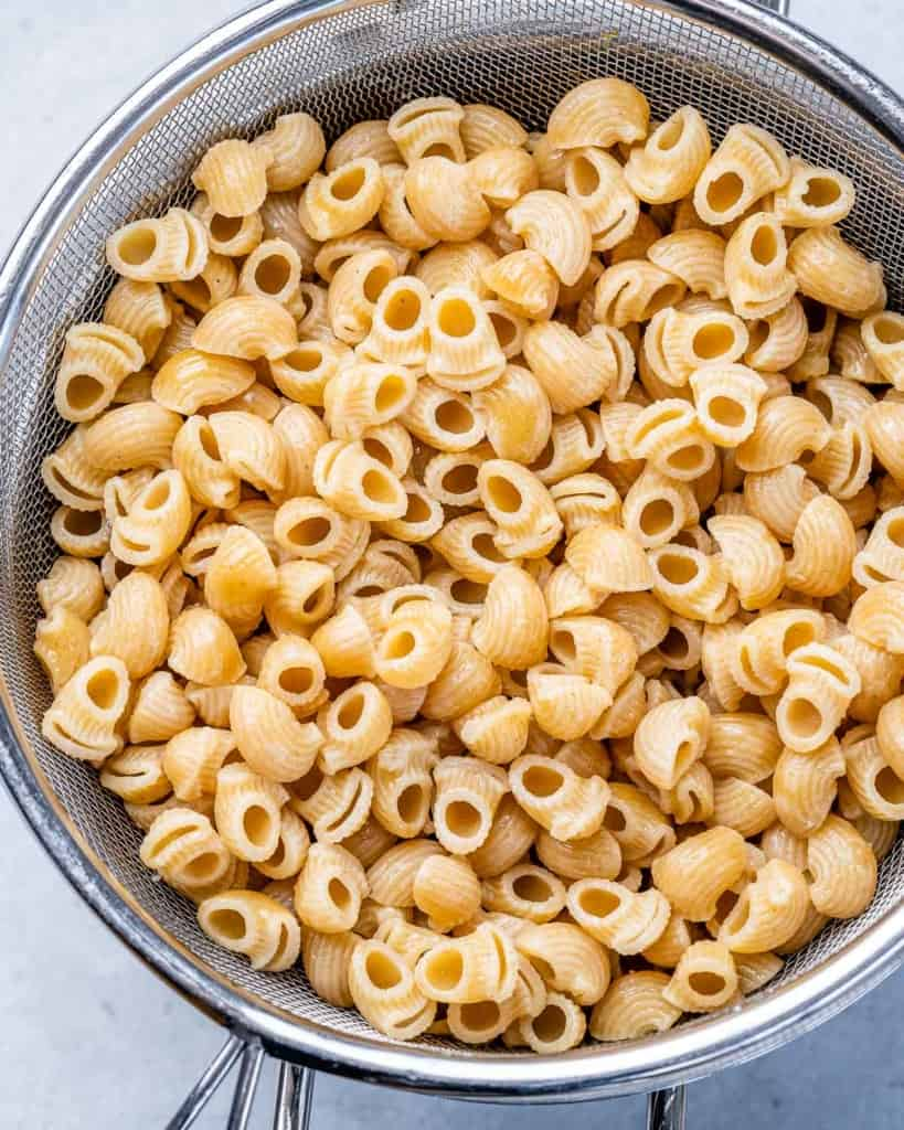 cooked pasta in a bowl