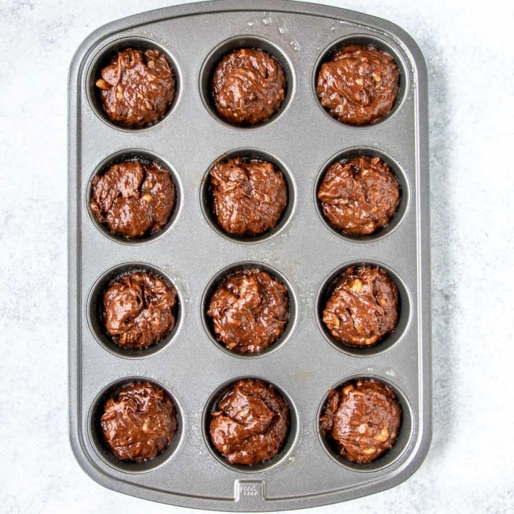batter place in muffin pan