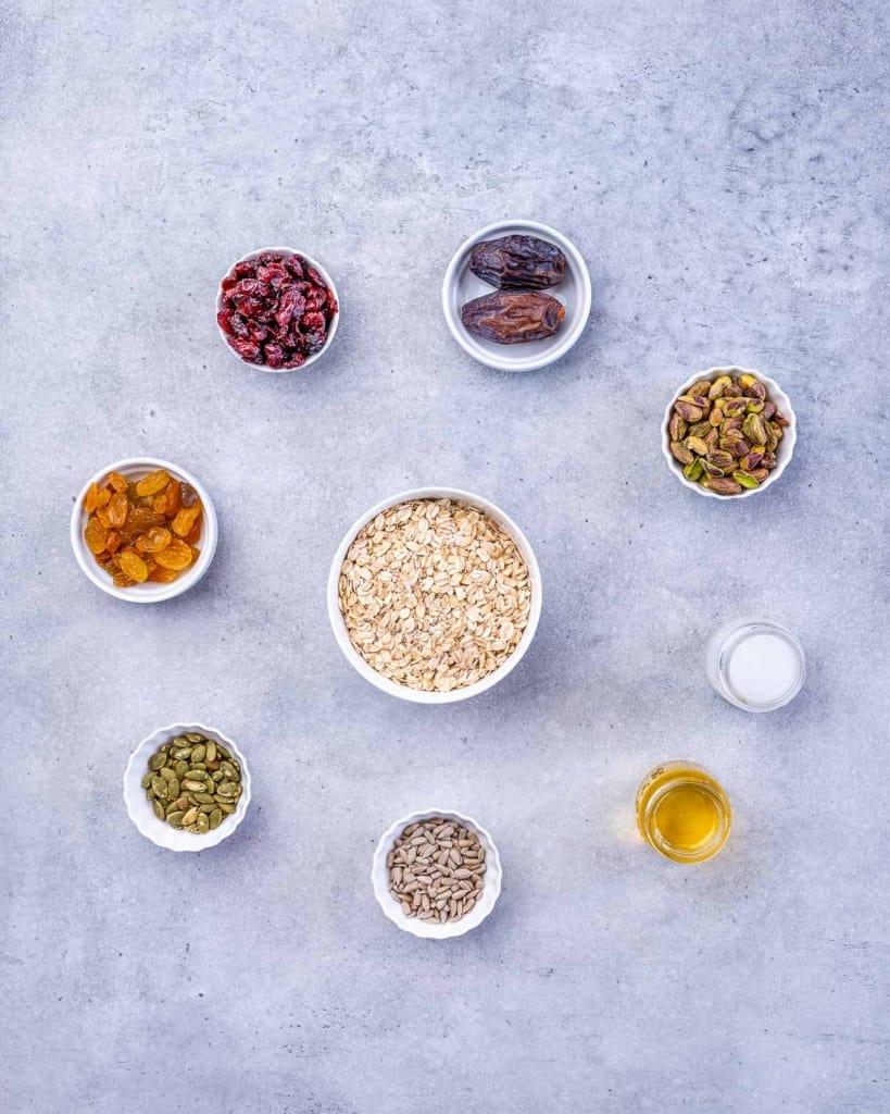 ingredients to make the granola bars