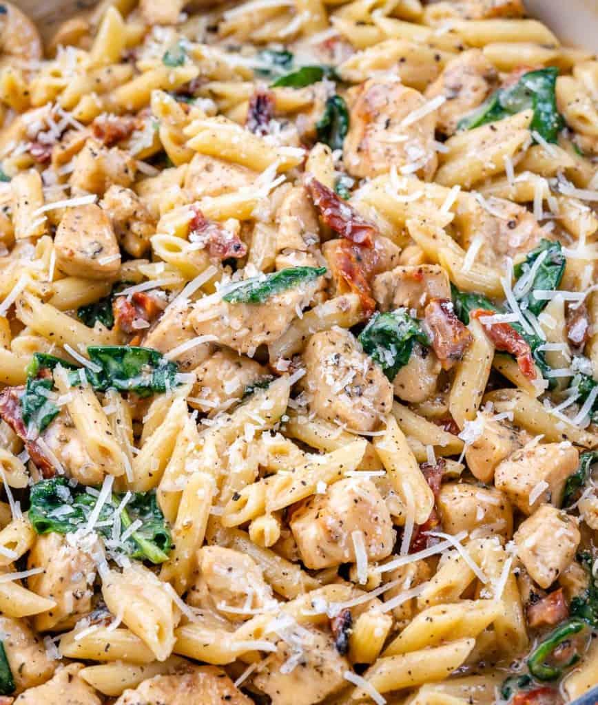 close up creamy chicken pasta dish