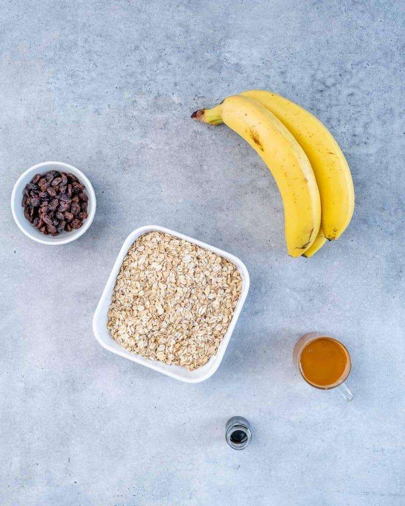 ingredients to make oatmeal raisin cookies