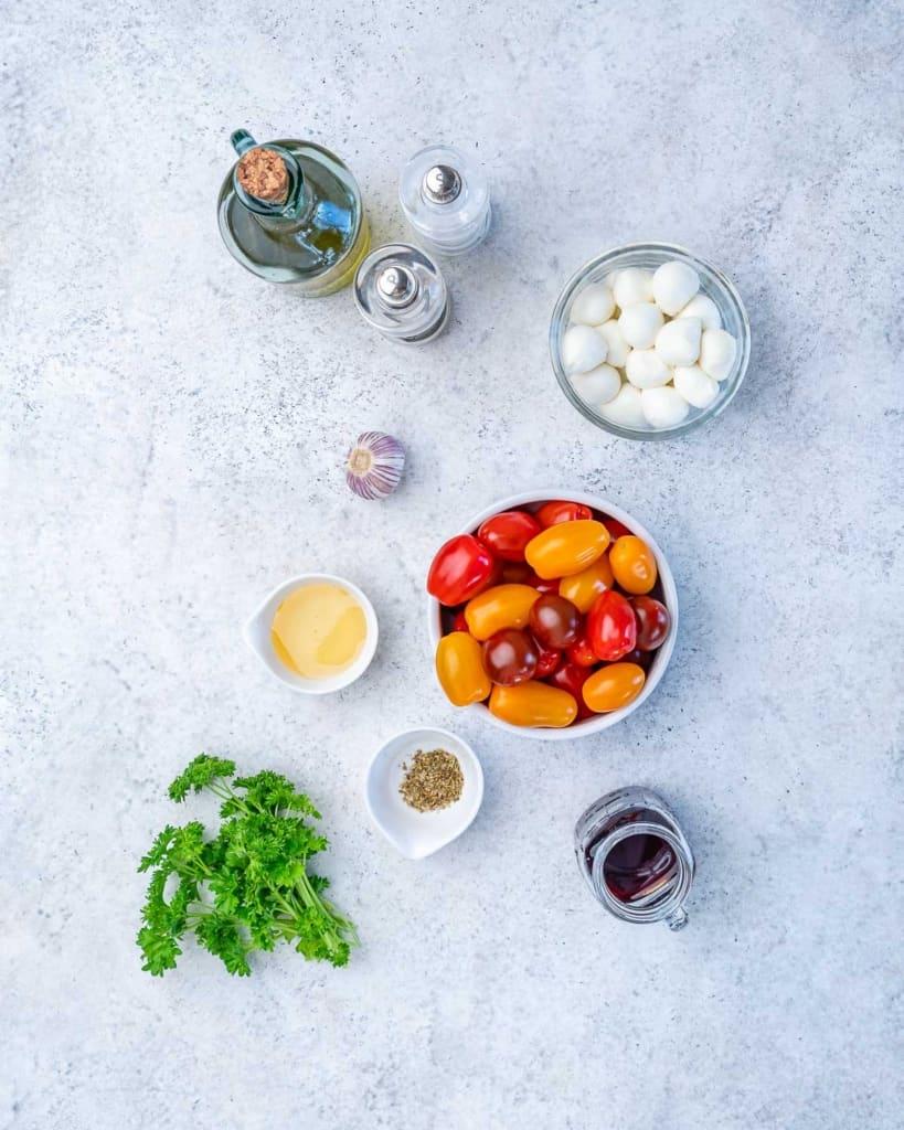 ingredients to make tomato salad