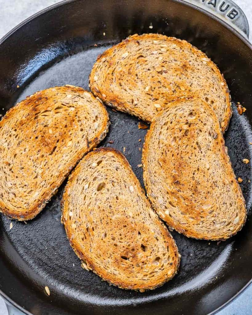 bread toasted in pan