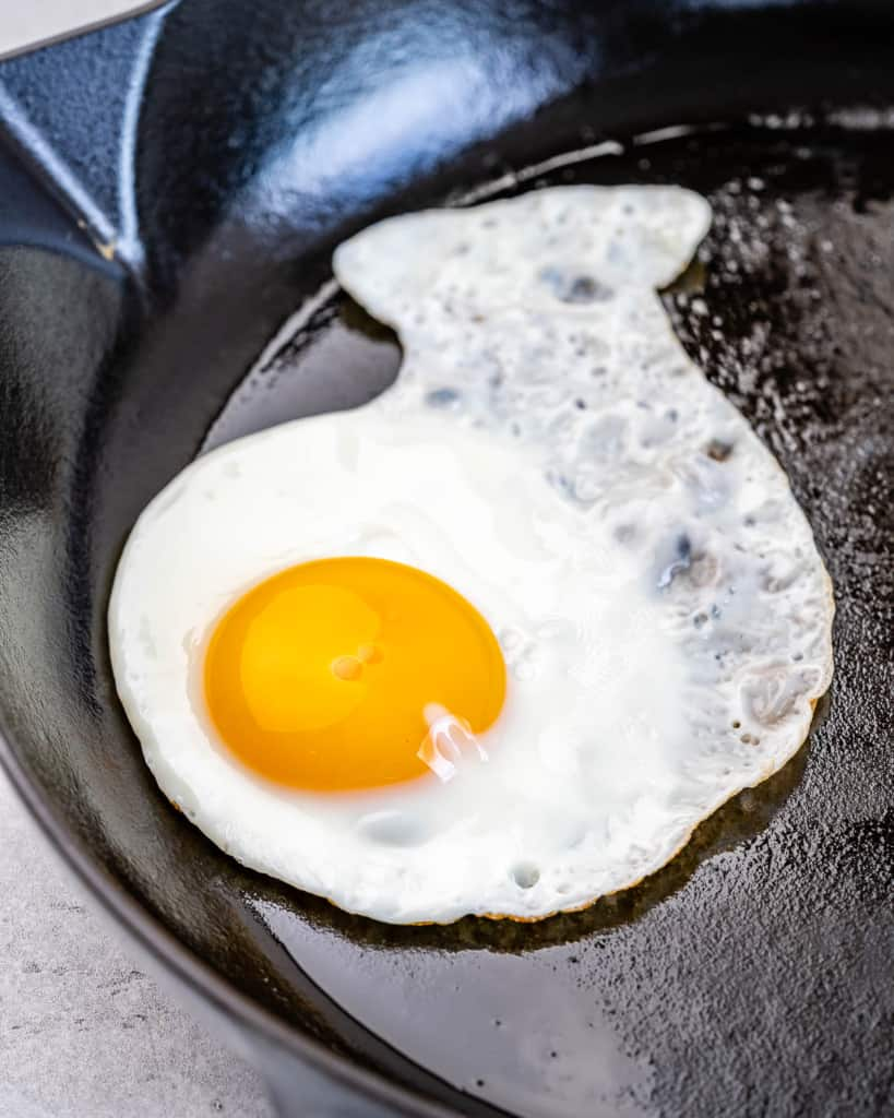 cooked egg on pan