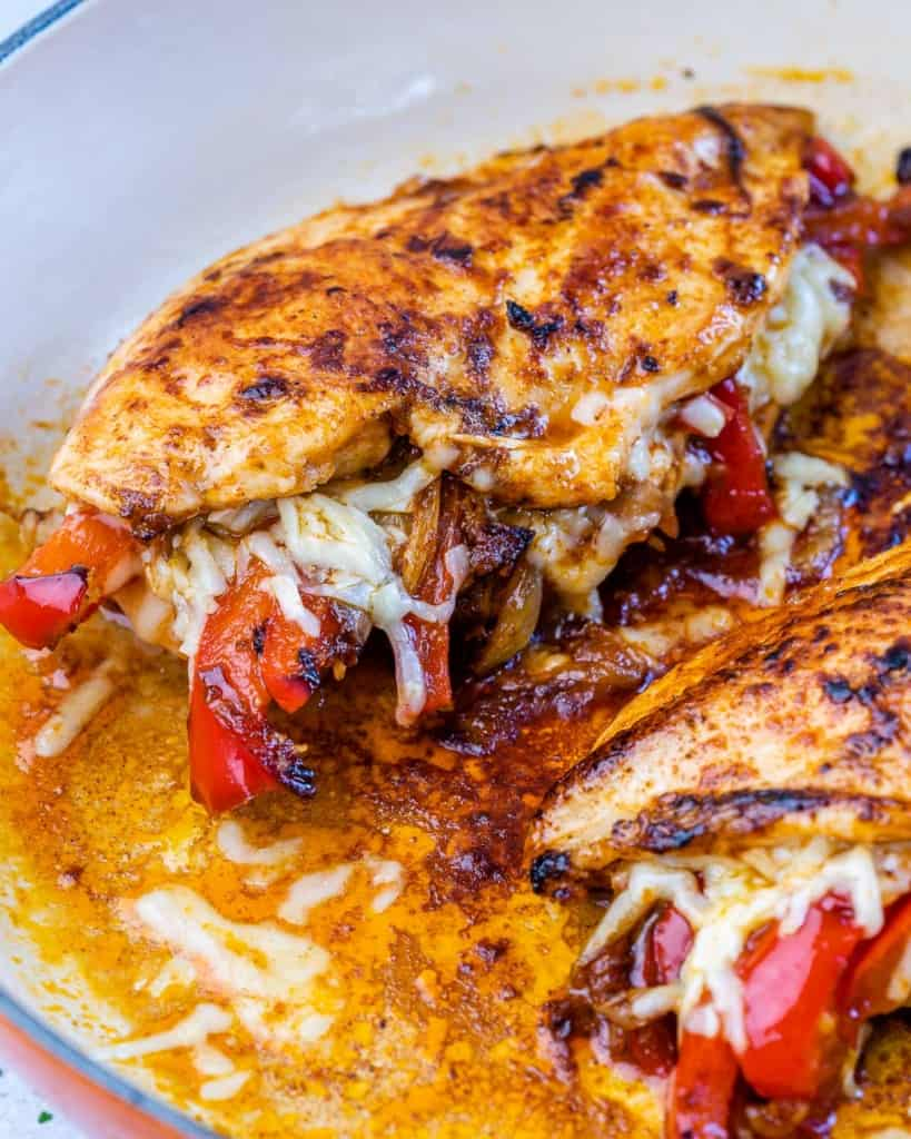 close up stuffed chicken breast fajita style