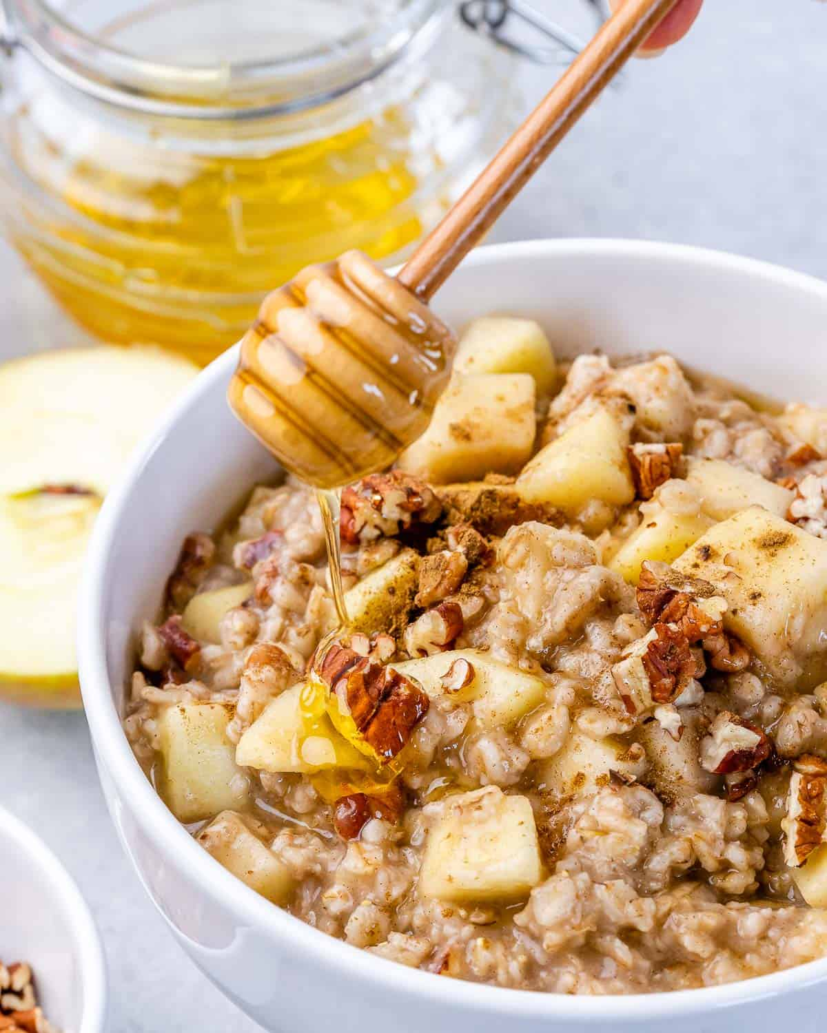 honey over oatmeal with apples