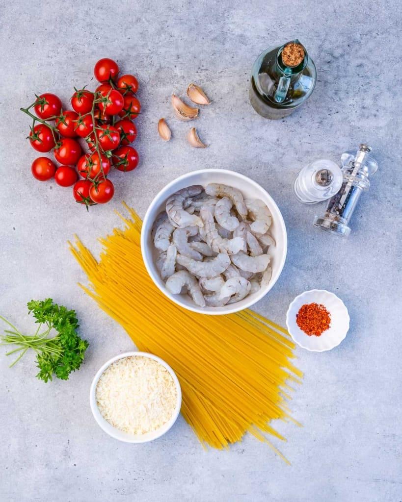 ingredients to make garlic shrimp pasta